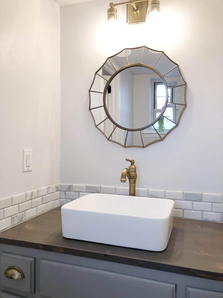 updated-guest-bathroom