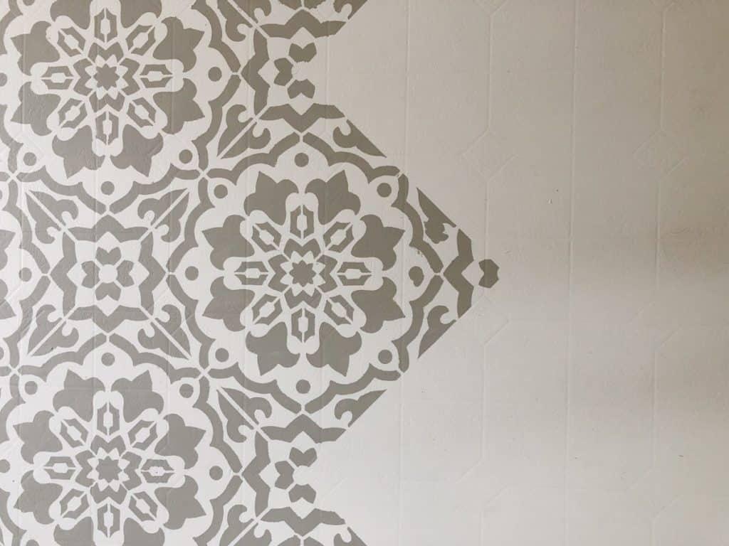 Amalfi Stencil over Linoleum floors