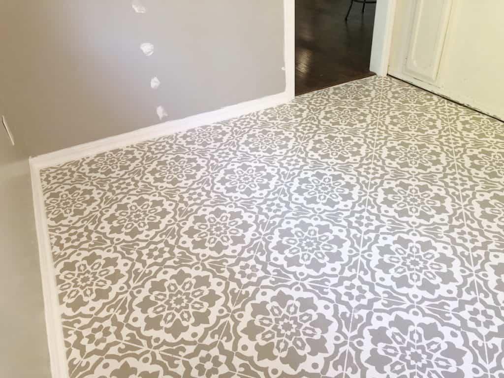 stenciled-flooring