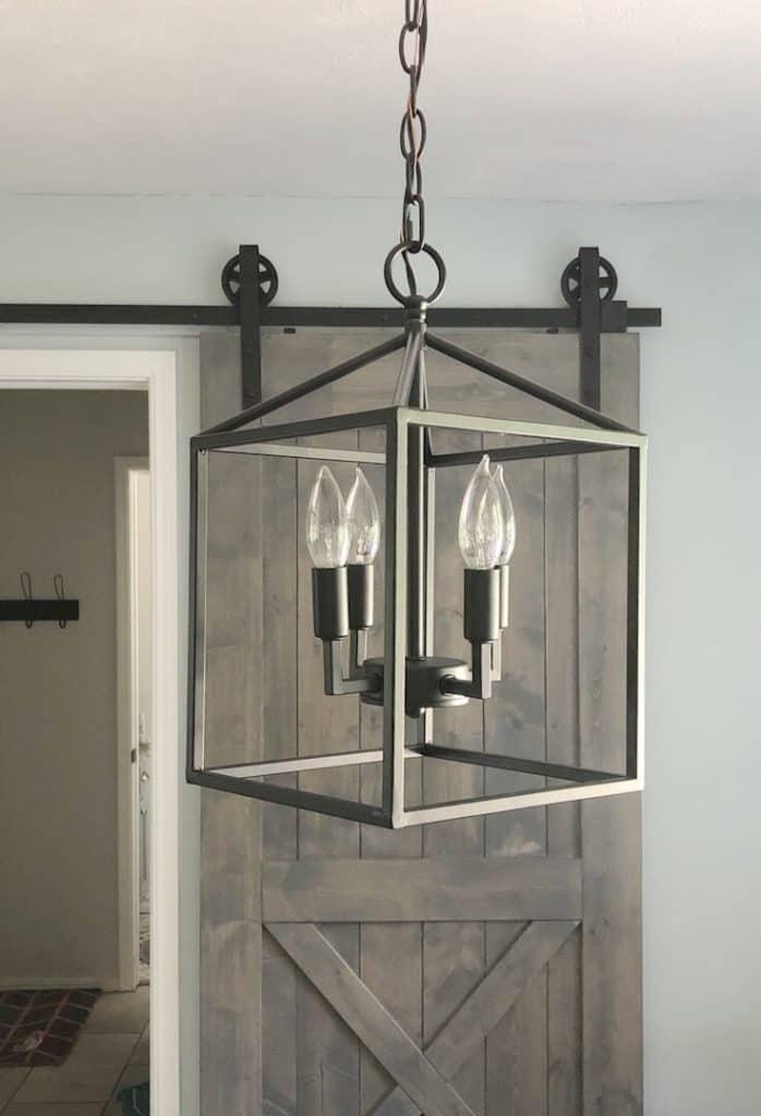 black dining pendant light