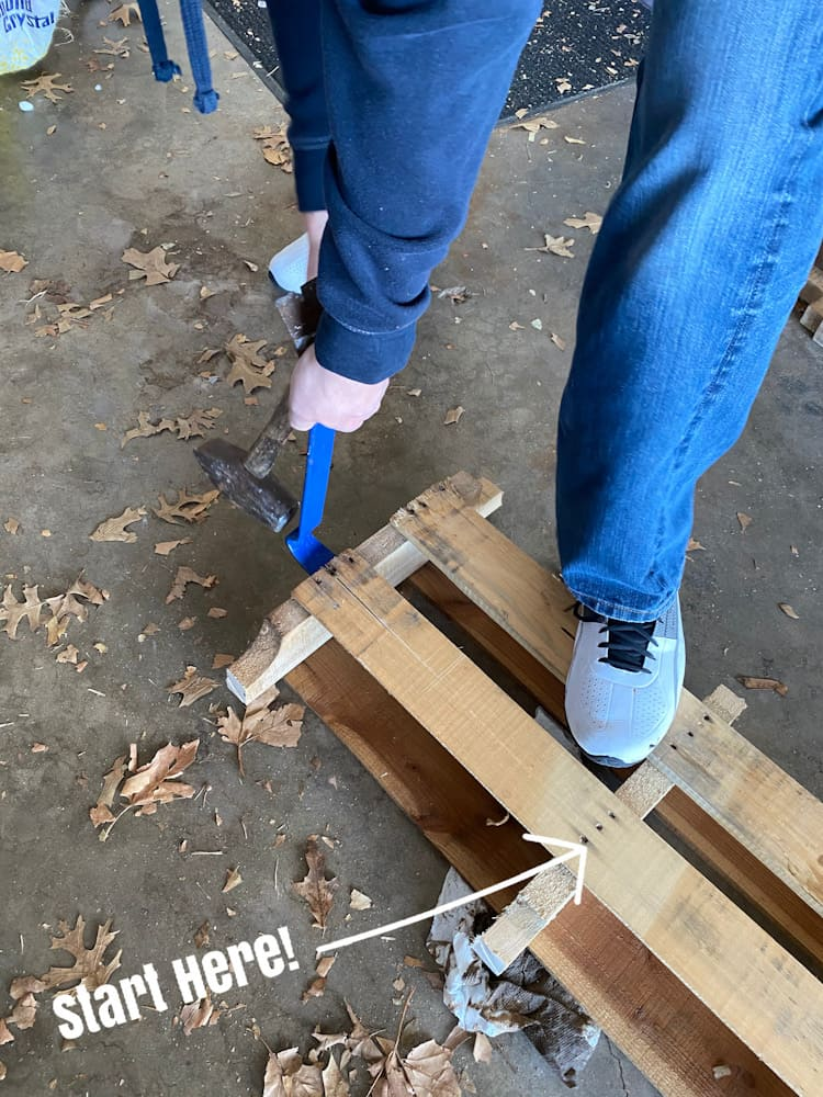 how to remove boards from pallet