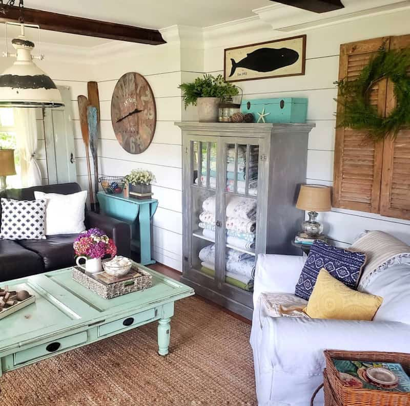 Farmhouse Design Style: What is It and How to Get It 21