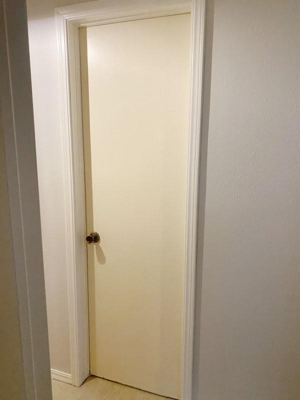 DIY Panel Door: How to add Moulding to a Flat Door 1
