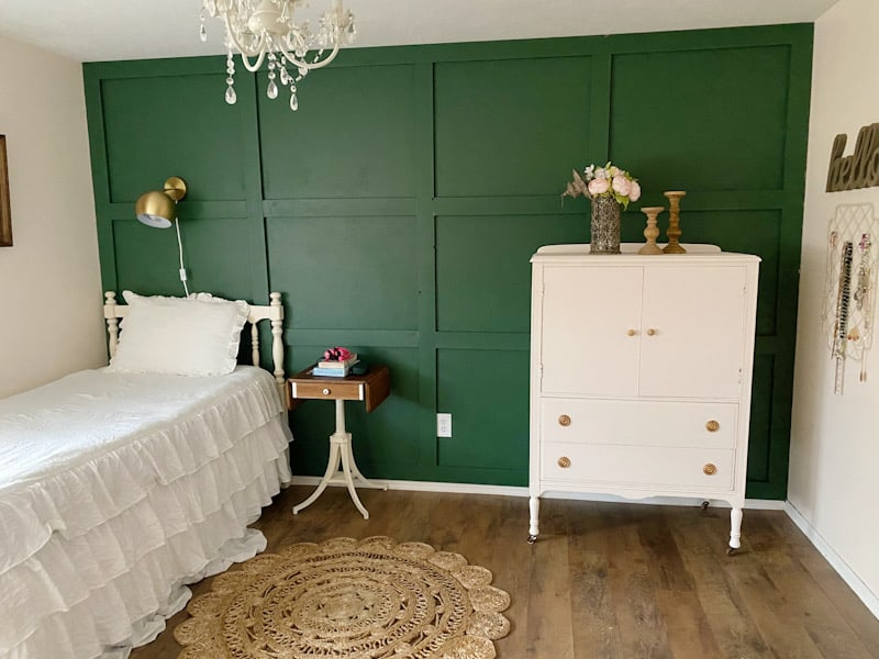 Vintage Farmhouse Tween Girls Room 9