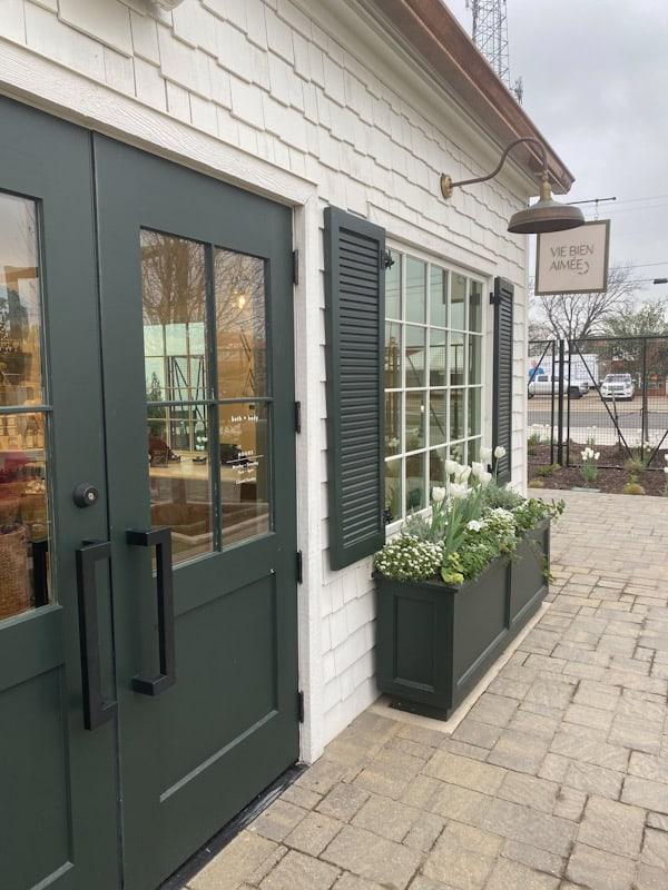 magnolia shops