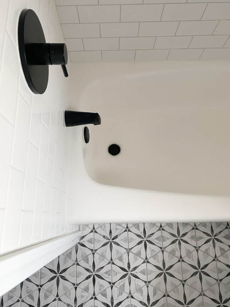 How to Seal Grout in 4 Easy Steps 3