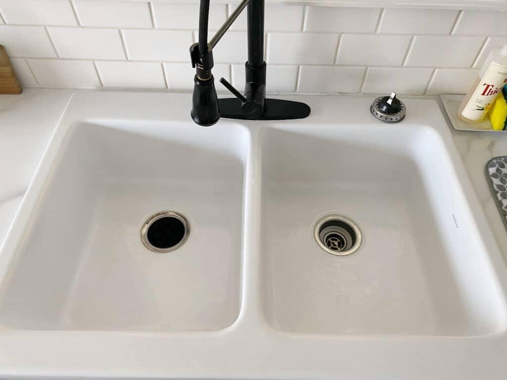 Sinkology Farmhouse Sink: Beautiful Farmhouse Sinks for Every Kitchen 9