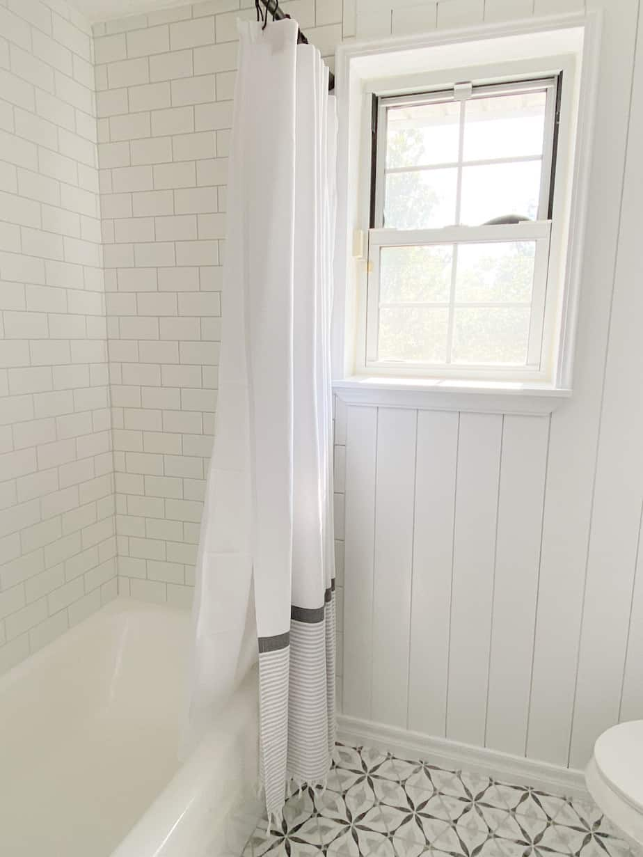 How to Seal Grout in 4 Easy Steps